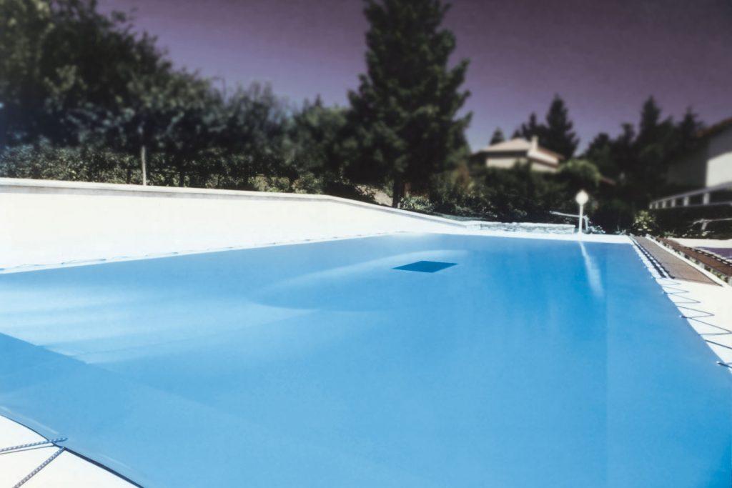 Bâche d'hivernage de piscine